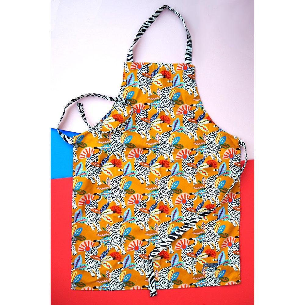 apron adult jungle print