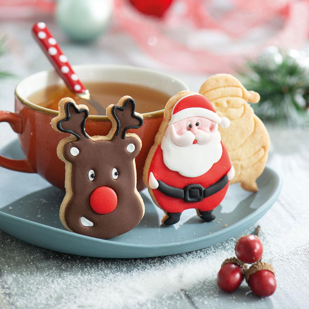 decora christmas cookie cutter santa and reindeer