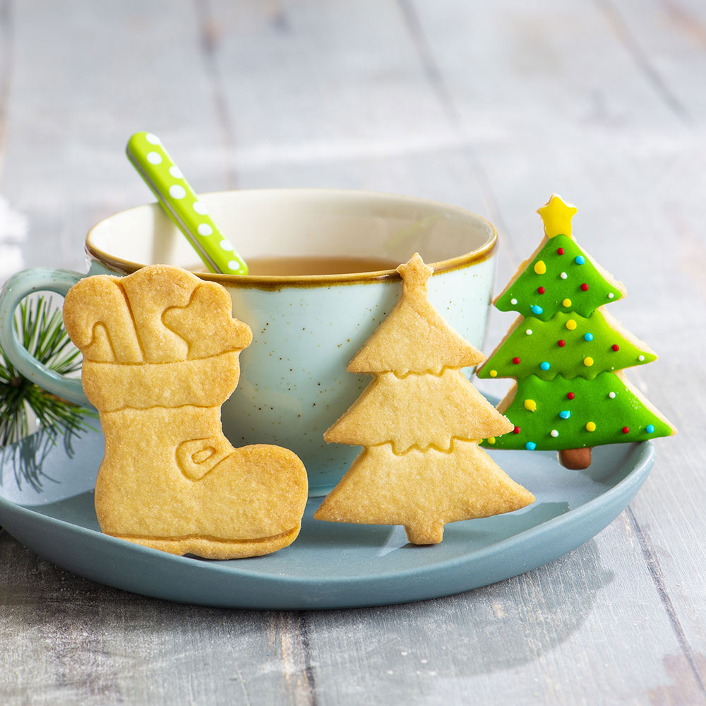 decora christmas cookie cutter boot and christmas tree